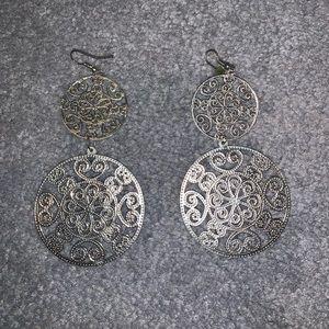 Thin silver tone dangling earrings